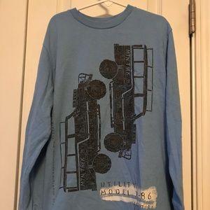 Gap boys long sleeved tshirt.   Size medium 8